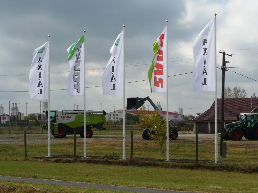 Külső kötélvezetésű zászlórúd